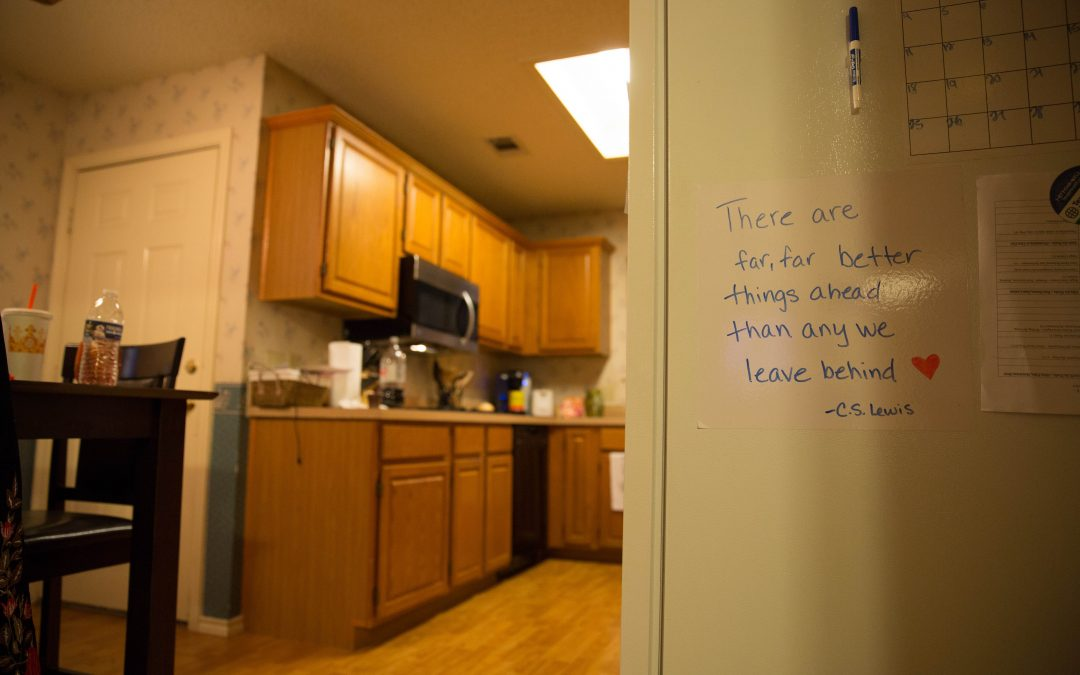 Alyssa has filled her home with self-help messages. She says they give her courage. Almudena Toral/Univision