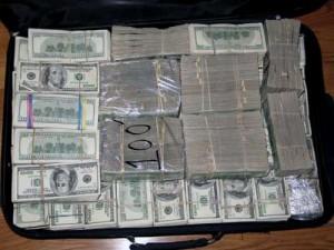 19maletas dinero