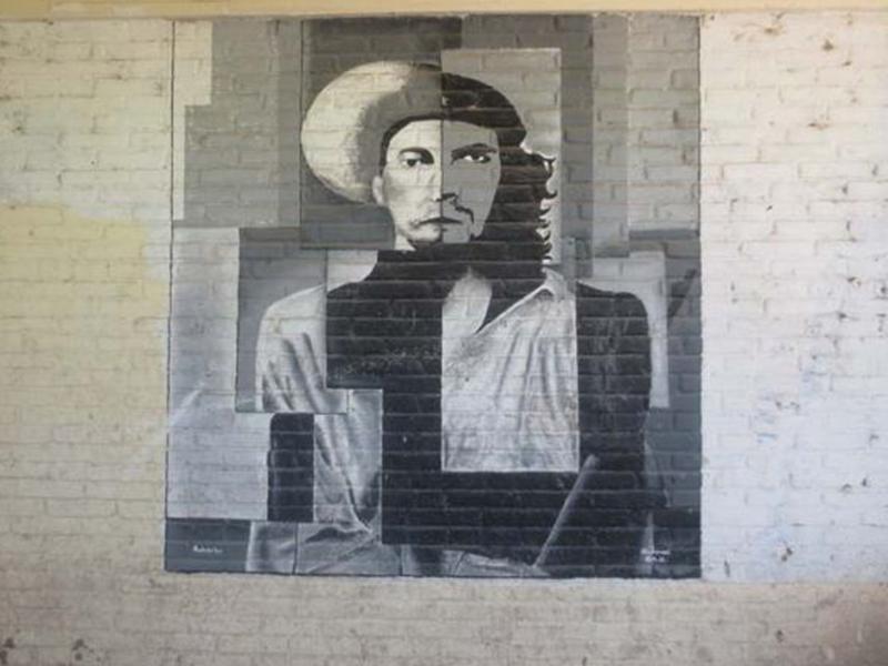 Las escuelas los 43 de ayotzinapa for Donde esta el mural de adan zapata